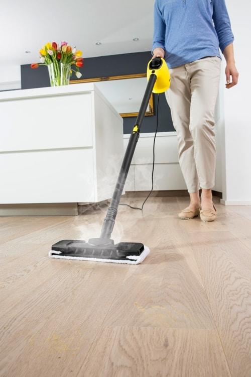 Choisir le meilleur nettoyeur vapeur le guide complet for Appareil pour nettoyer le carrelage